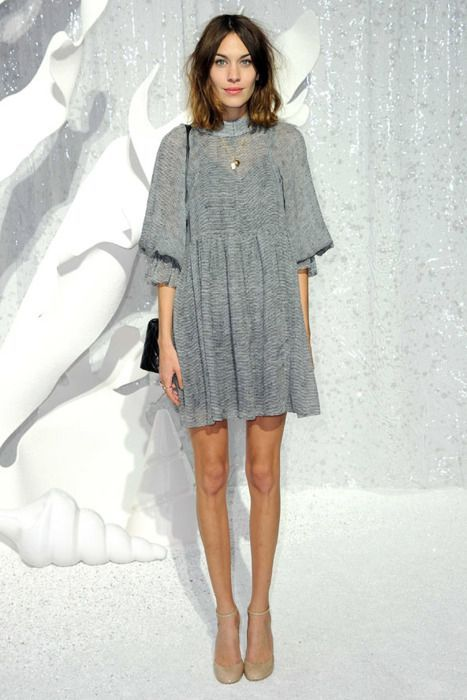 Alexa Chung always knows what she's doing: