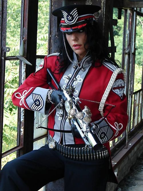 255 best images about steampunk uniforms on pinterest coats soldiers and military style. Black Bedroom Furniture Sets. Home Design Ideas