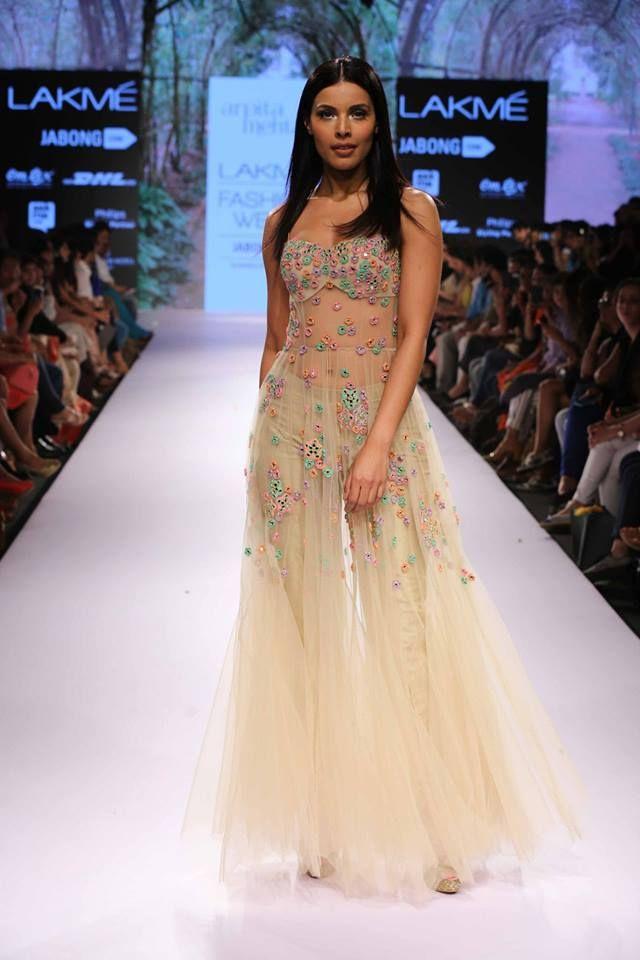 Arpita Mehta Lakme fashion week 2015