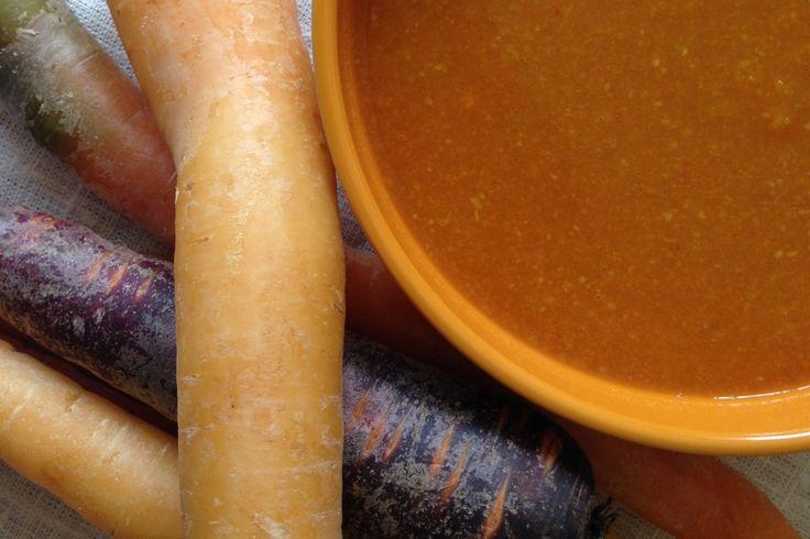 Buikgriep of last van je spijsvertering? Eet eens een detox soepje met knolselderij en wortel. De zuiverende en vochtafdrijvende eigenschappen van deze groente zorgen ervoor dat jouw darmen weer op...