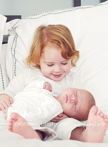 Siblings newborn lifestyle sarahexleyphotography
