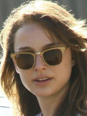 buy ray ban clubmaster glasses  natalie portman looks golden in these ay ban clubmaster aluminum bronze sunglasses rb3507 139/85
