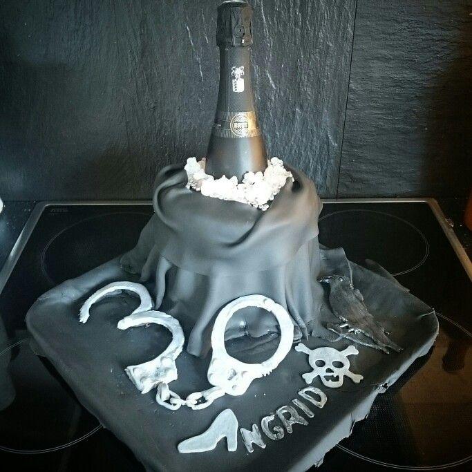 Wine cooler cake