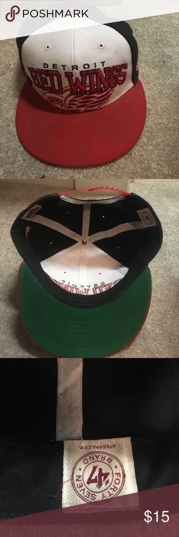 Detroit Red Wings Snapback Good condition used a few times 47 Accessories Hats
