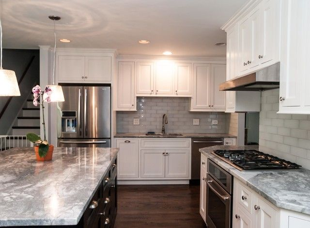Best 25 split level kitchen ideas on pinterest tri for Split level remodel ideas