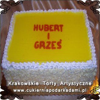 068. Tort z bitą śmietaną i żółtą galaretką. Cake with whipped cream and yellow jelly.