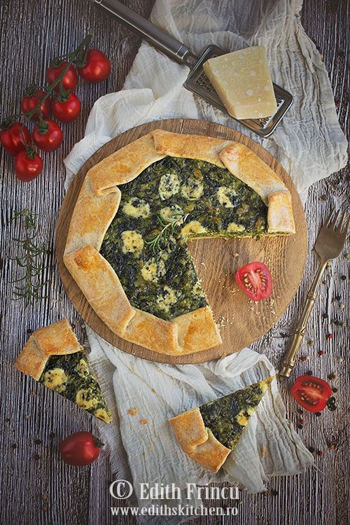 Galette cu spanac si trei feluri de branza - Spinach and cheese galette -