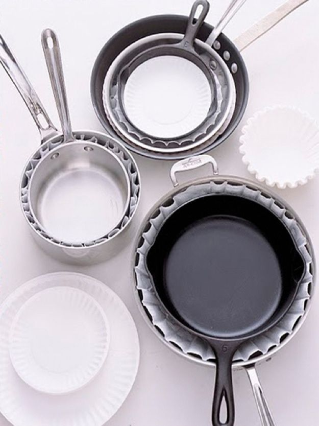 Coffee Filter Uses | Organization Ideas and Hacks by DIY Ready at http://diyready.com/uses-for-coffee-filters-diy-projects-and-ideas