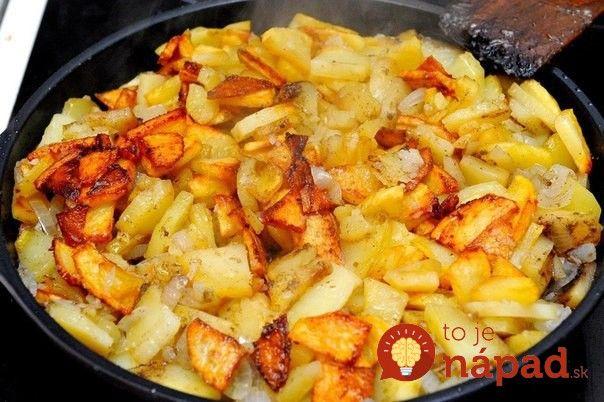 Ako premeniť zemiaky z panvice na bezkonkurenčnú prílohu? Stačí poznať jednoduché pravidlo šéfkuchárov!