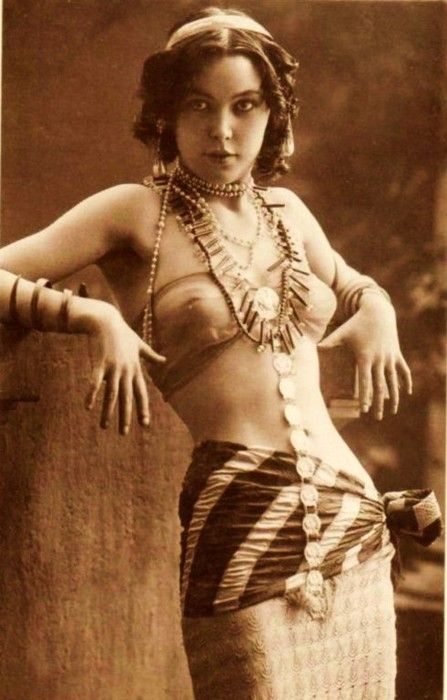 1920s. Very pretty young lady.