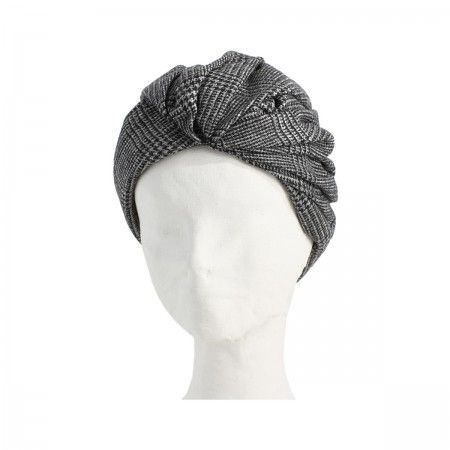 Lacrom Store || flapper, turban, wool  Wool turban with a tartan pattern, lined with a lightweight wool. The inner border has a drawstring grosgrain that allows you to widen or tighten. They can be worn as turbans, but if you turn become hats.