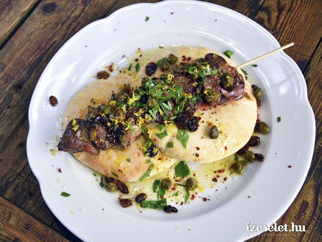 Grillezett csirkemáj petrezselymes vajjal - Receptek | Ízes Élet - Gasztronómia a mindennapokra