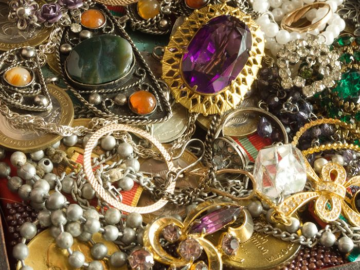 Så får du dina smycken att hålla längre – 8 användbara tips