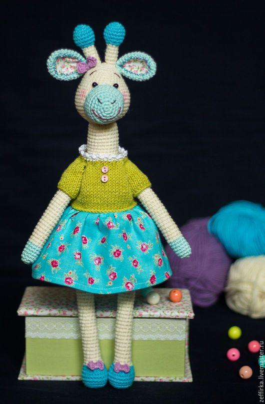 Crochet giraffe / Игрушки животные, ручной работы. Жирафа вязаная Молли. Юлия. Ярмарка Мастеров. Вязаная игрушка, с бантиком, пластиковые бусины