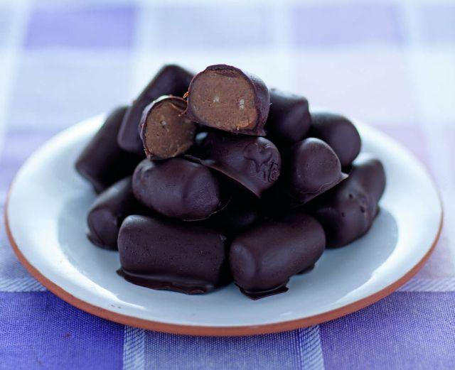 Tronchetti di castagne e cioccolato fondente
