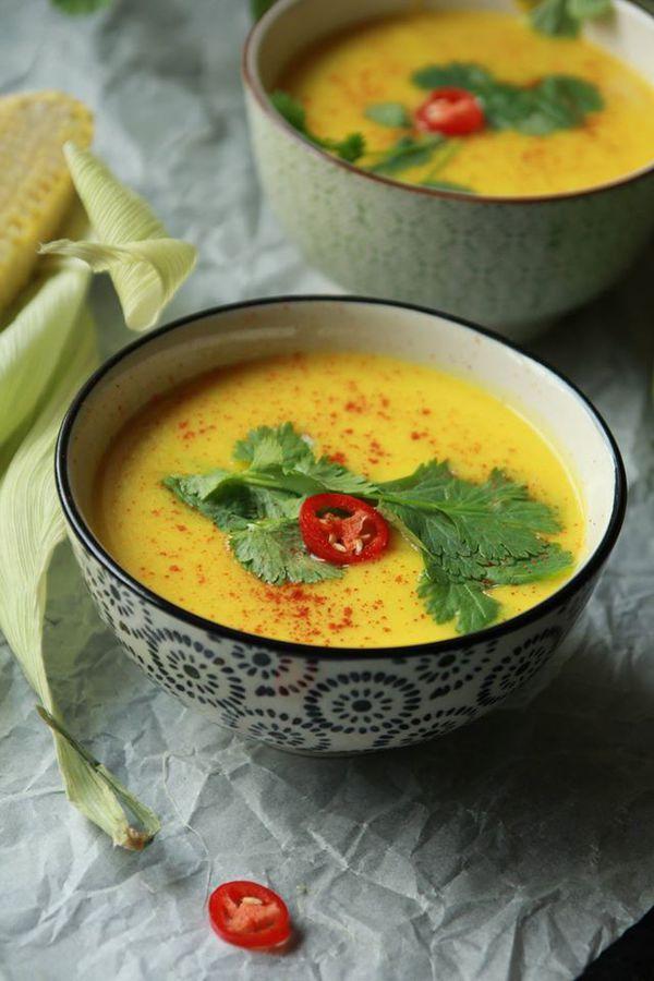Zupa krem z kukurydzy z gruszką, chili i imbirem