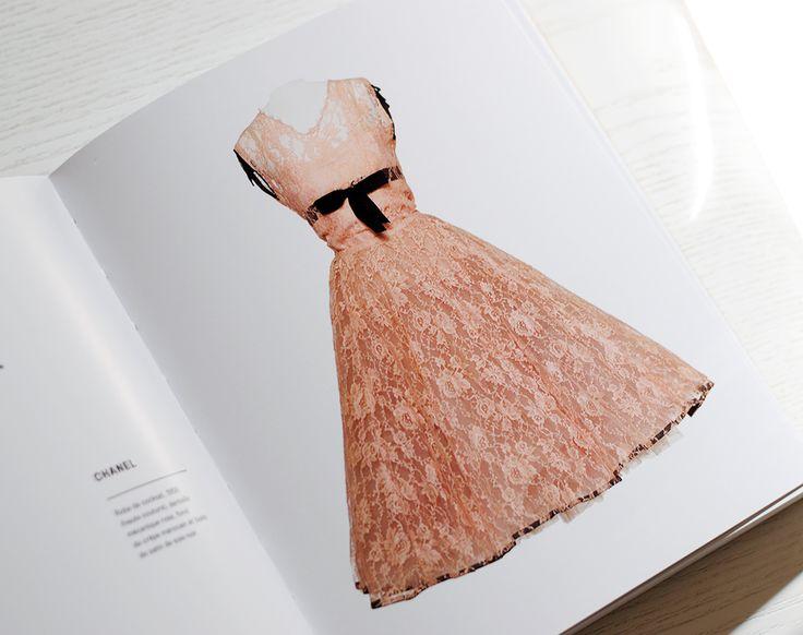 101 robes - Arthur Dreyfus (robe de cocktail en dentelle , fond de crêpe marocain et biais de satin de soie, Chanel)
