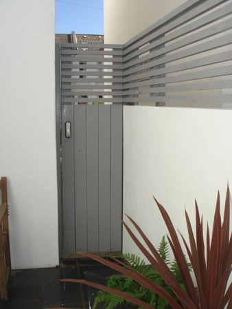 Paler grey fencing details. Weirdly, I think the paler colour steps forward and makes the space smaller. Discuss!