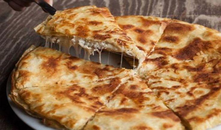ΥΛΙΚA 6 ή 8 φύλλα περέκ* ελαιόλαδο ή αγνό βούτυρο 3 φλ. γάλα 2 αυγά 1 κοφτό κ.γ. αλάτιΓια τη γέμιση τυρί φέτα,...