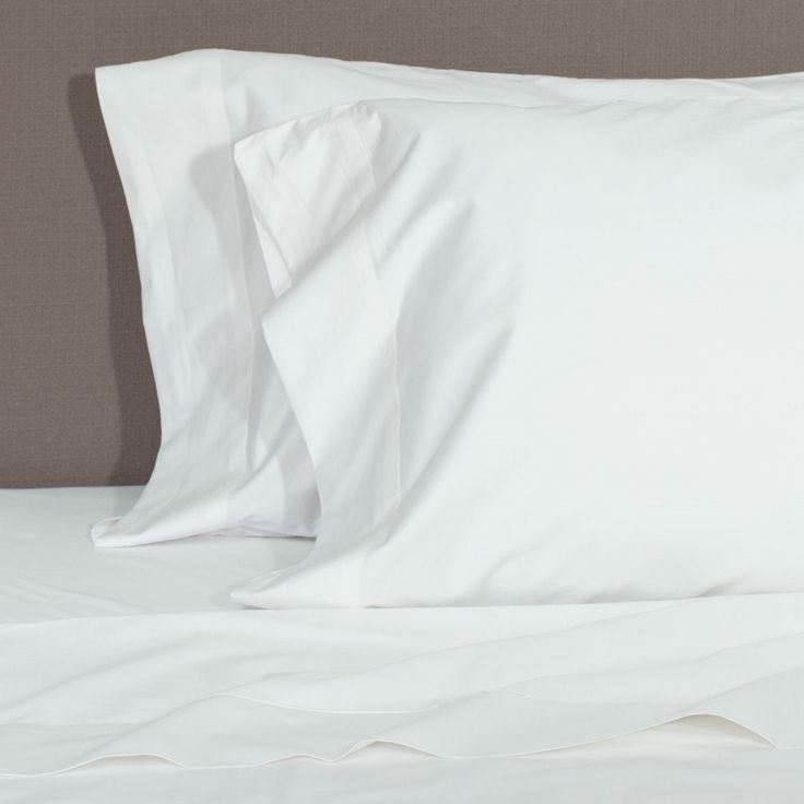 Great site for designer bedding | Soft White 400 Thread Count Sheets | Crane and Canopy