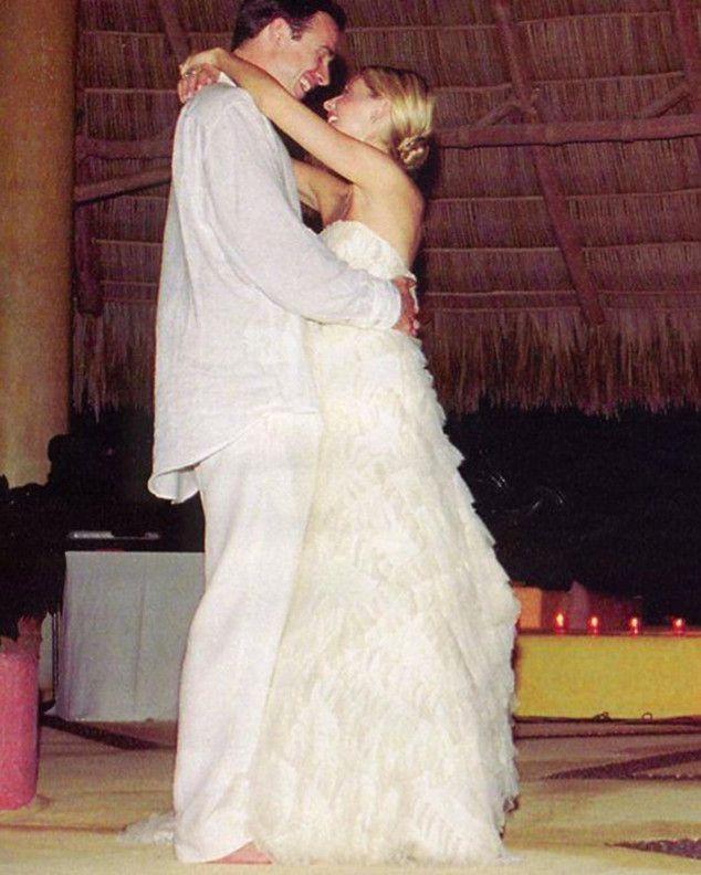 Sarah Michelle Gellar Shares Wedding Photo in Honor of 13th Anniversary With Freddie Prinze Jr.  Sarah Michelle Gellar, Freddie Prinze, Jr.