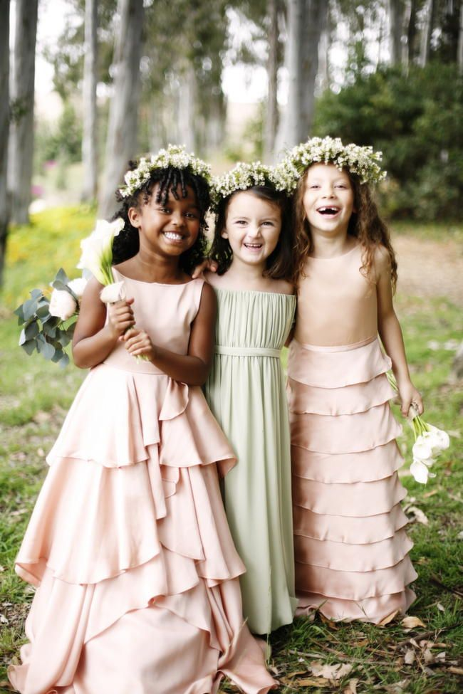 How pretty! Flower Girl Dresses by Kirstie Kelly // Belathee Photography