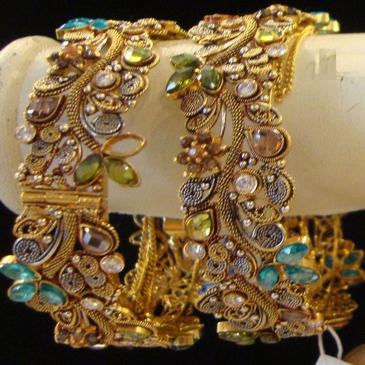 Dubai Jewelry Design  | Gold Bangles designs antique fancy Diamond white gold bangles dubai ...