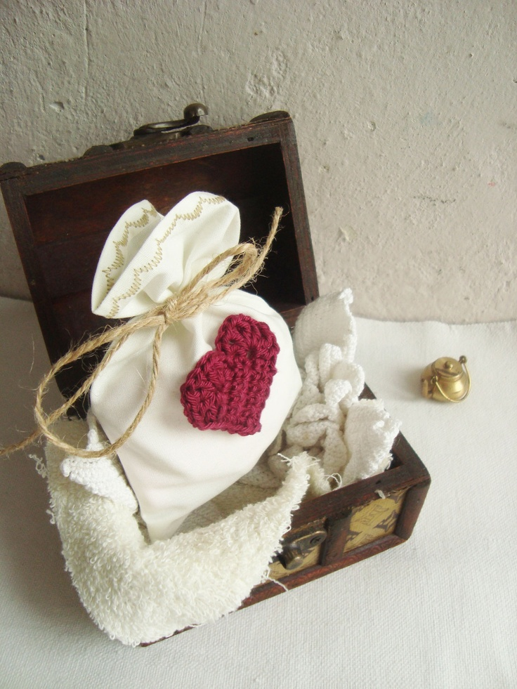 Wedding Favor bags 100, Ivory Cotton Wedding favors and burgundy crocheted heart, rustic wedding favor, fabric favors, crocheted favor. $180.00, via Etsy.