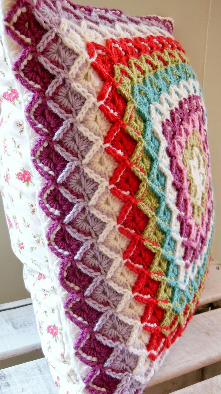 1000 images about cojines on pinterest flower granny for Cojines de crochet