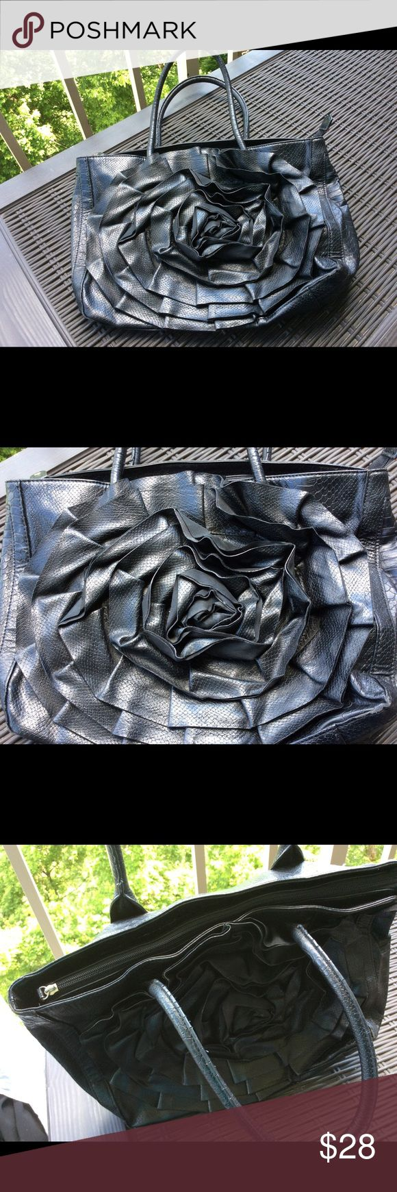 Big Buddha Flower 🌺 Bag Big Buddha Flower bag in black. Great condition. Minor wear to one handle.  Big Buddha is a rising star ⭐️ in the bag world! Big Buddha Bags Shoulder Bags