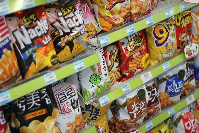 """Korean Snacks - After a long day, it's always a great pick up your favorite snack at a convenient store. Also, be on the look out for """"2 + 1"""" deals. They're common in Seoul and great for sharing with your friends. What's your favorite Korean Snack?"""