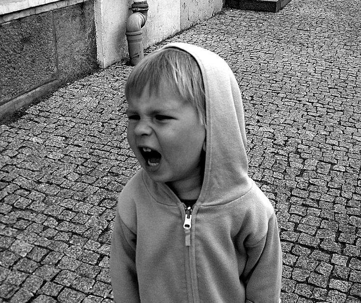 Πώς να σταματήσουμε να φωνάζουμε στα παιδιά μας.
