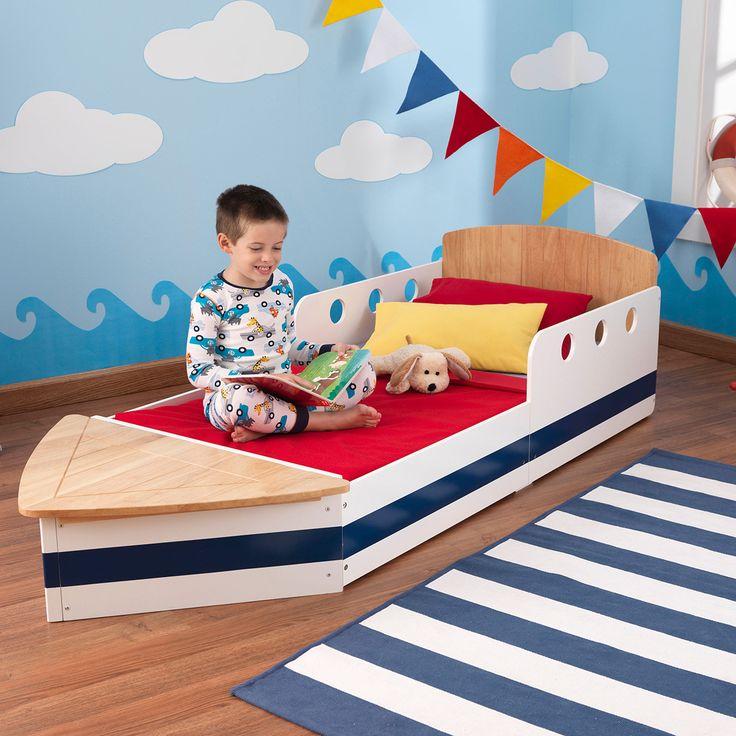 Articolo: KIDKRAFT76253Il lettino Boat sara' la gioia dei bambini, che dormiranno sereni e si sveglieranno pieni di energie per nuove avventure! Questo lettino facilita il passaggio verso un letto singolo di dimensioni standard ed e' completo di un contenitore nella parte finale. Le sue dimensioni sono adatte alla maggior parte dei normali materassi per culle e lettini (140 x 70 cm, H 10 cm). L'altezza e' perfetta per consentire la salita e la discesa autonoma da parte dei bimbi. Materasso…