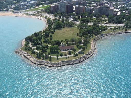Ever heard of a 'Man-Made Peninsula'? Promontory Point is the best amongst scenic elements giving its visitors a thrilling and electrifying experience. The peninsula endowes its visitors to let feel the power of the nature and the power of the sea.