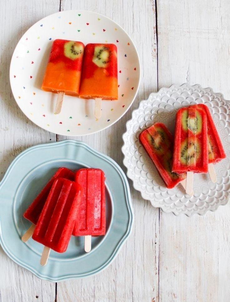 recette de glace à l'eau délicieuse: kiwis, fraises et jus d'orange