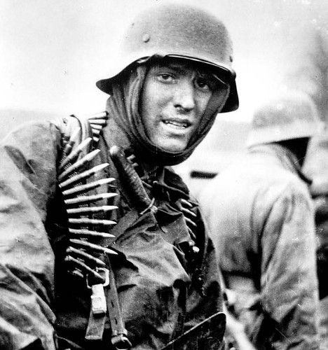 Thousand-yard-stare | thousand yard stare on german soldier, battle of the bulge