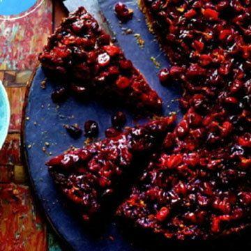 От Джейми тарт рецепт с клюквой и грушами. И с особенной изюминой - тесто особенное...