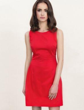 Rochie rosie, scurta, fara maneci, in forma de lalea - Compozitie: 60% poliester, 35% vascoza, 5% elastan.Culoare: rosu.Detalii: rochie dama, de zi, office, mini, fara maneci, in forma de lalea.Modelul din imagine are inaltimea de 175 cm.Ingrijire: spalare manuala.<br/>Marimi disponibile: 34,36,38,40,42,44 Colectia Rochii mini de la  www.rochii-ieftine.net