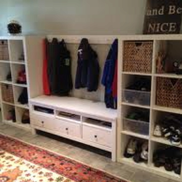 Organization using ikea hemnes tv bench for the home for Expedit tv bench