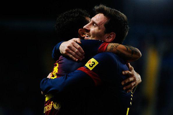 Daniel Alves & Lionel Messi