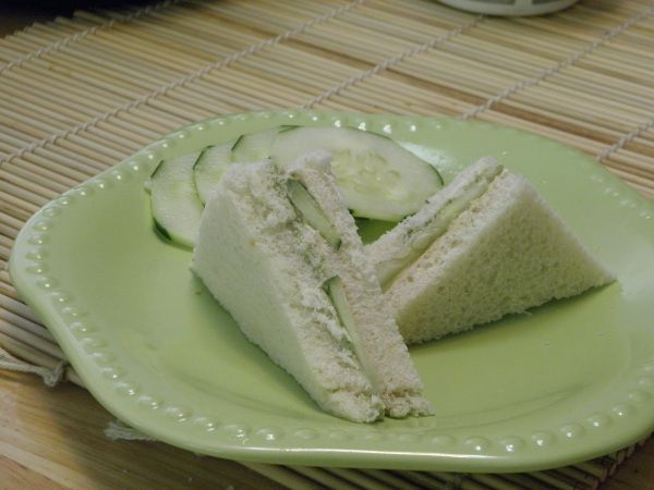 Indian fusion recipes - cucumber and chutney sandwiches. Great for a summer picnic!  Recipe on Indfused -on Facebook and wordpress.com