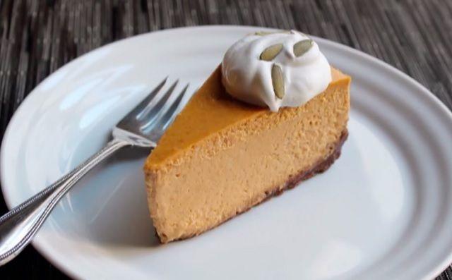 Megtaláltuk az ősz legfinomabb sütijét: Sütötök sajttorta!