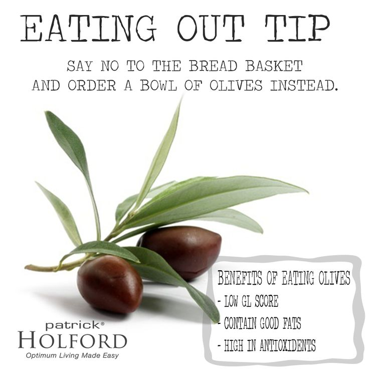 """Eating out doesn't have to mess with your waistline. You just need to learn to make the healthiest choices. Send back the """"free"""" bread snack and ask for #Olives instead! #LowGL #healthychoice #food #delicious #eatingout"""