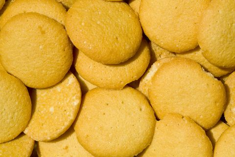 GLUTEN-FREE VANILLA WAFERS - This is a quick, easy recipe for cookies that your kids will love, and they won't even know they're gluten-free! (MARIA RICKERT HONG NUTRITIONAL HEALING, www.MariaRickertHong.com)