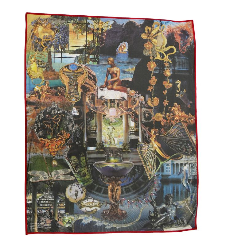 Luxury digitally printed blanket, hand made in Spain that features the famous story The Little Mermaid by Hans Christian Andersen #littlemermaid #hcandersen #blanket #decor #digitalprint #blanketsale #shop #handmade #buy #art #fairytale #homedesign #print #interiordesign #luxury #story #forbed