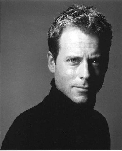 Greg Kinnear - Original Talk Soup host dapper