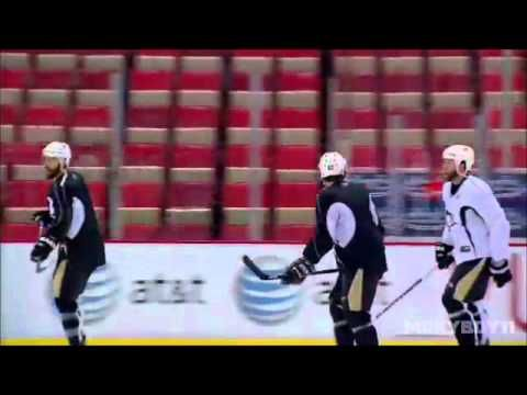 Some funny hockey pranks    You can see all of them on: http://video.nhl.com/videocenter/console?hdpid=49=99766