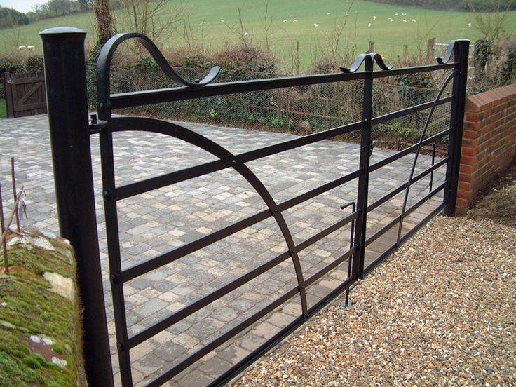Forged Vic Style Entrance Gate -- James Price