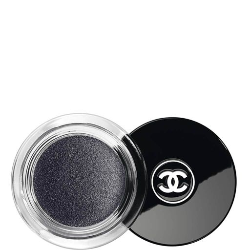 CHANEL - ILLUSION D'OMBRE VELVETLONG WEAR LUMINOUS MATTE EYESHADOW More about  #Chanel on http://www.chanel.com