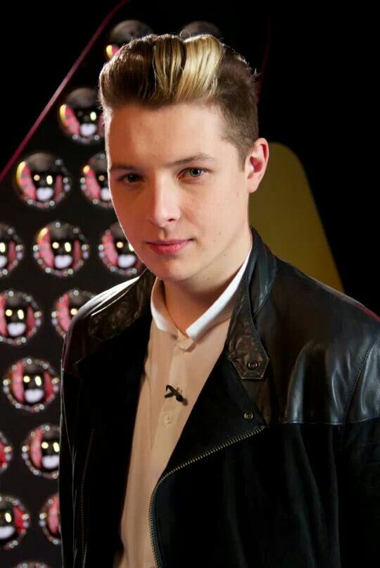 John Newman. Don't understand why his music's not more popular.